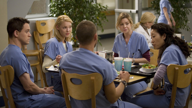 "GREY'S ANATOMY - ""Piece of My Heart"" - Addison returns to Seattle Grace to perform an operation and is taken aback by all of the changes in her old co-workers' lives. Meanwhile Meredith and Derek's clinical trial has its first patient, and Rebecca/Ava returns with shocking news for Alex, on ""Grey's Anatomy,"" THURSDAY, MAY 1 (9:00-10:01 p.m., ET) on the ABC Television Network.  (ABC/RANDY HOLMES)T.R. KNIGHT, KATHERINE HEIGL, JUSTIN CHAMBERS, ELLEN POMPEO, SANDRA OH"