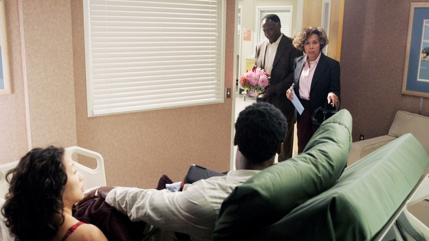 GREY'S ANATOMY - &quot;I Am a Tree&quot; - Cristina meets Burke's parents -- and in the most awkward of circumstances -- the interns campaign for Izzie's reinstatement to the surgical intern program, Addison takes a break from her hospital duties, and a surgical patient lives what may be her last day to the fullest, on &quot;Grey's Anatomy,&quot; THURSDAY, SEPTEMBER 28 (9:00-10:01 p.m., ET) on the ABC Television Network. (ABC/VIVIAN ZINK)SANDRA OH, ISAIAH WASHINGTON, RICHARD ROUNDTREE, DIAHANN CARROLL