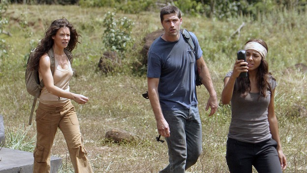 "LOST - ""Through the Looking Glass"" - Jack and the castaways begin their efforts to make contact with Naomi's rescue ship, on the season finale of ""Lost,"" WEDNESDAY, MAY 23 (9:00-11:00 p.m., ET), on the ABC Television Network. (ABC/MARIO PEREZ)EVANGELINE LILLY, MATTHEW FOX, MARSHA THOMASON"