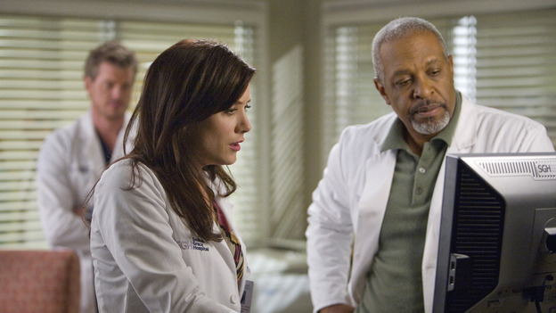 "GREY'S ANATOMY - ""Piece of My Heart"" - Addison returns to Seattle Grace to perform an operation and is taken aback by all of the changes in her old co-workers' lives. Meanwhile Meredith and Derek's clinical trial has its first patient, and Rebecca/Ava returns with shocking news for Alex, on ""Grey's Anatomy,"" THURSDAY, MAY 1 (9:00-10:01 p.m., ET) on the ABC Television Network.  (ABC/RANDY HOLMES)ERIC DANE (BACKGROUND), KATE WALSH, JAMES PICKENS JR."