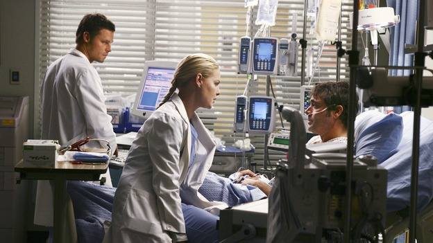"GREY'S ANATOMY - ""Superstition"" - When a series of deaths occur at Seattle Grace, the uncanny events bring out the doctors' superstitious sides and make Izzie nervous about Denny's surgery. Meanwhile, Derek and Addison discuss making a more permanent living arrangement, and Richard treats a very special, old friend, on ""Grey's Anatomy,"" SUNDAY, MARCH 19 (10:00-11:00 p.m., ET) on the ABC Television Network. (ABC/SCOTT GARFIELD)JUSTIN CHAMBERS, KATHERINE HEIGL, JEFFREY DEAN MORGAN"