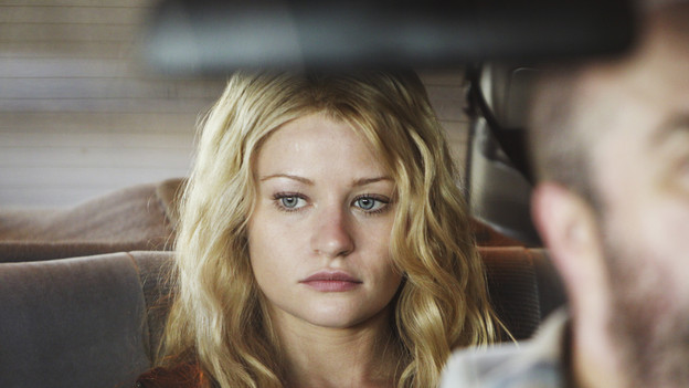 "LOST - ""What Kate Does"" - Kate finds herself on the run, while Jack is tasked with something that could endanger a friend's life, on ""Lost,"" TUESDAY, FEBRUARY 9 (9:00-10:00 p.m., ET) on the ABC Television Network. (ABC/MARIO PEREZ)EMILIE DE RAVIN, DAVID H. LAWRENCE"