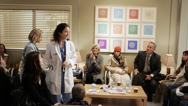 "GREY'S ANATOMY - ""Drowning on Dry Land"" - ""Grey's Anatomy's"" three-episode story arc continues with a part two that will challenge the interns of Seattle Grace -- and ""Grey's"" fans as well -- like never before, THURSDAY, FEBRUARY 15 (9:00-10:01 p.m., ET) on the ABC Television Network. Elizabeth Reaser (Independent Spirit Award nominee for ""Sweet Land"") guest stars as a patient over multiple episodes. (ABC/CRAIG SJODIN) KALI ROCHA, PAUL NORWOOD"