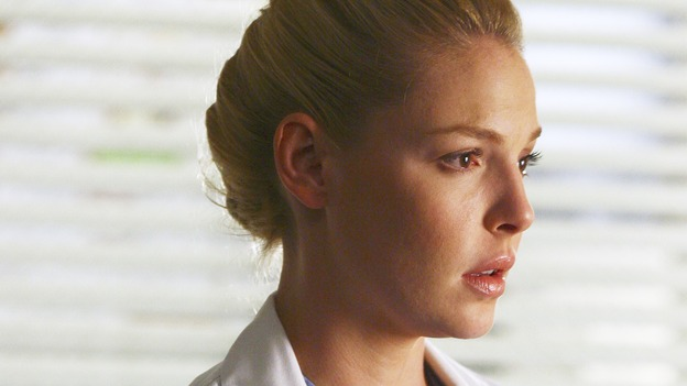 GREY'S ANATOMY - &quot;Great Expectations&quot; - While rumors of the Chief's departure spread among the hospital staff, Bailey proposes the creation of a free clinic, and a Seattle Grace doctor receives a proposal of a different sort, on &quot;Grey's Anatomy,&quot; THURSDAY, JANUARY 25 (9:00-10:01 p.m., ET) on the ABC Television Network. (ABC/SCOTT GARFIELD) KATHERINE HEIGL