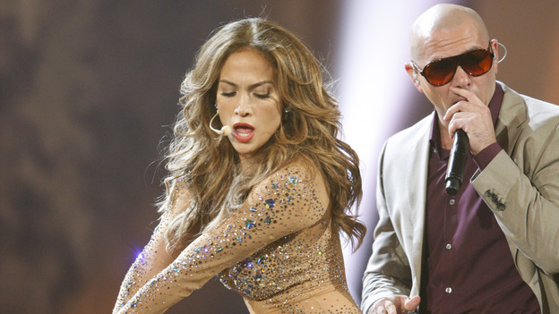 2011 AMERICAN MUSIC AWARDS® - THEATRE - The show broadcast live from the NOKIA Theatre L.A. LIVE on SUNDAY, NOV. 20 (8:00-11:00 p.m., ET/PT) on ABC. (ABC/TIM OGIER)JENNIFER LOPEZ, PITBULL