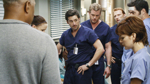 "GREY'S ANATOMY - ""I Saw What I Saw"" - After a burn victim unexpectedly dies in the midst of a chaotic ER, the Chief and board member Jennings interrogate the residents to find the culprit, as all the Mercy West and Seattle Grace resident defends their actions in an effort to save their jobs, on ""Grey's Anatomy,"" THURSDAY, OCTOBER 22 (9:00-10:01 p.m., ET) on the ABC Television Network. (ABC/RON TOM)JAMES PICKENS JR., CHYLER LEIGH, PATRICK DEMPSEY, ERIC DANE, KEVIN MCKIDD, NORA ZEHETNER, ROBERT BAKER"