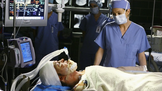 "GREY'S ANATOMY - ""Now or Never"" - Dr. Meredith Grey watches over patient ""John Doe,"" on ""Grey's Anatomy,"" THURSDAY, MAY 14 (9:00-11:00 p.m., ET) on the ABC Television Network. T.R. KNIGHT, ELLEN POMPEO"