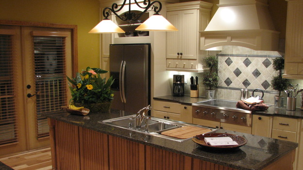EXTREME MAKEOVER HOME EDITION - &quot;Tipton-Smith Family,&quot; - Kitchen, on &quot;Extreme Makeover Home Edition,&quot; Sunday, March 11th on the ABC Television Network.