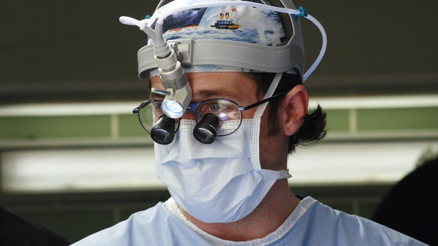 GREY'S ANATOMY - &quot;Scars and Souvenirs&quot; - The race for chief heats up after a new competitor enters the fray, tensions escalate between Izzie and George, and Callie must reveal a big secret. Meanwhile, Derek treats a patient near and dear to him, while Alex continues his work with Jane Doe, on &quot;Grey's Anatomy,&quot; THURSDAY, MARCH 15 (9:00-10:01 p.m., ET) on the ABC Television Network. (ABC/RON TOM)PATRICK DEMPSEY