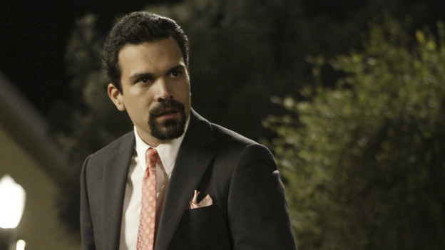 "DESPERATE HOUSEWIVES - ""PILOT"" (ABC/PETER ""HOPPER"" STONE) RICARDO ANTONIO CHAVIRA"