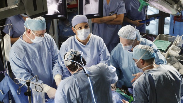 "GREY'S ANATOMY - ""Six Days"" - After a successful operation on his heart, George's father undergoes surgery for his cancer, Thatcher Grey visits Seattle Grace in order to see his new granddaughter, and Meredith discovers that Derek has trouble sleeping soundly, on ""Grey's Anatomy,"" THURSDAY, JANUARY 4 (9:00-10:01 p.m., ET) on the ABC Television Network. (ABC/RON TOM)SARA RAMIREZ"