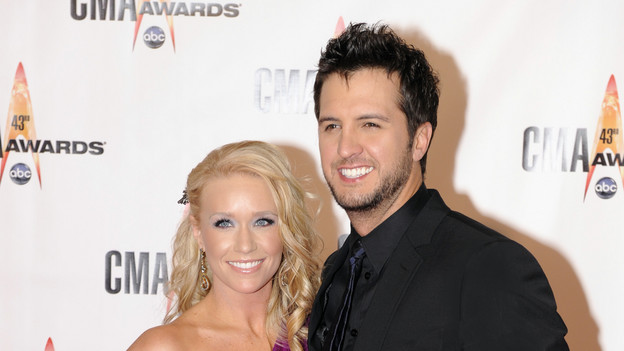 "THE 43rd ANNUAL CMA AWARDS - RED CARPET ARRIVALS - ""The 43rd Annual CMA Awards"" will be broadcast live from the Sommet Center in Nashville, WEDNESDAY, NOVEMBER 11 (8:00-11:00 p.m., ET) on the ABC Television Network. (ABC/DONNA SVENNEVIK)LUKE BRYAN"