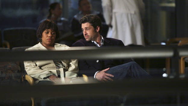 "GREY'S ANATOMY - ""Forever Young"" - The ER is filled with teenagers after a schoolbus crash, Bailey treats a patient who was her high school crush, Derek goes out on a date with a fellow doctor, and Thatcher enters the ER looking for Meredith, on ""Grey's Anatomy,"" THURSDAY, NOVEMBER 15 (9:00-10:02 p.m., ET) on the ABC Television Network. (ABC/RICHARD CARTWRIGHT) CHANDRA WILSON, PATRICK DEMPSEY"