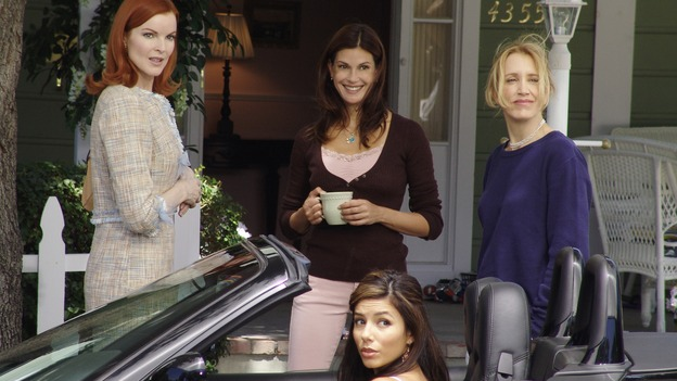DESPERATE HOUSEWIVES - &quot;PRETTY LITTLE PICTURE&quot; (ABC/DANNY FELD)MARCIA CROSS, TERI HATCHER, EVA LONGORIA, FELICITY HUFFMAN