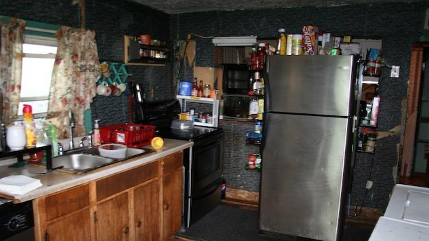 EXTREME MAKEOVER HOME EDITION - &quot;Rhodes Family,&quot; - Before Picture,                 on   &quot;Extreme Makeover Home Edition,&quot; Friday, December 16th                    (8:00-10:00   p.m.  ET/PT) on the ABC   Television   Network.