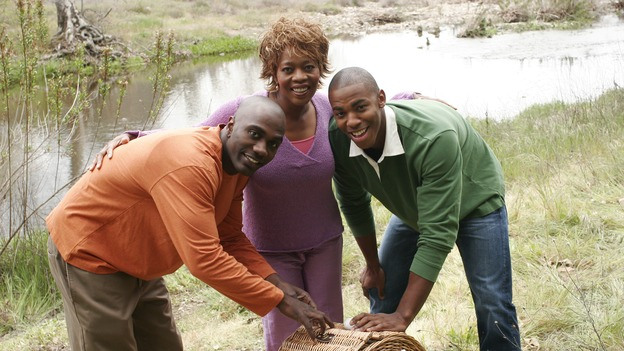 "DESPERATE HOUSEWIVES - ""I Know Things Now"" - (ABC/RON TOM)NASHAWN KEARSE, ALFRE WOODARD, MEHCAD BROOKS"