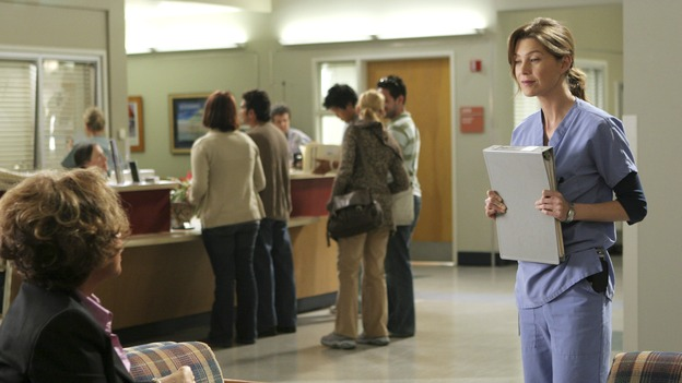 "GREY'S ANATOMY - ""Love/Addiction"" - The residents and interns treat the victims of a massive explosion at an apartment building, while Alex investigates the cause of the accident, Mama Burke returns to collect her son's things just as Cristina trades her wedding presents in exchange for surgeries, Lexie tries to have a heart-to-heart with an unwilling Meredith, and while Callie is overwhelmed with her duties as Chief Resident, Bailey searches for an outlet for her pent-up leadership skills, on ""Grey's Anatomy,"" THURSDAY, OCTOBER 4 (9:00-10:01 p.m., ET) on the ABC Television Network. (ABC/MICHAEL DESMOND) DIAHANN CARROLL, ELLEN POMPEO"